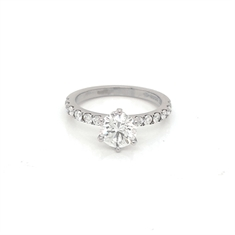 Six Claw Diamond Engagement Ring With Diamond Shoulders 1.02ct F SI1