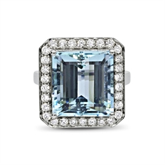 An Octagon Aqua & Brilliant Cut Diamond Grain Set Cluster Ring