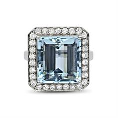 An Octagon Aqua & Brilliant Cut Diamond Grain Set Cluster Ring