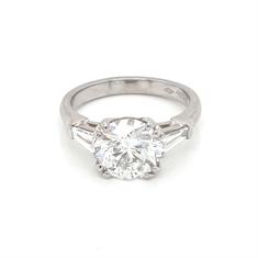 Brilliant Cut Diamond Engagement Ring Tapered Baguette Shoulders 2ct