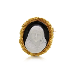 Stone Cameo & Gold Brooch